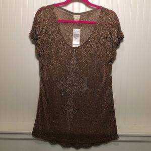Daytrip Tops - NEW LISTING! Women's shimmery/sparkly bronze top.